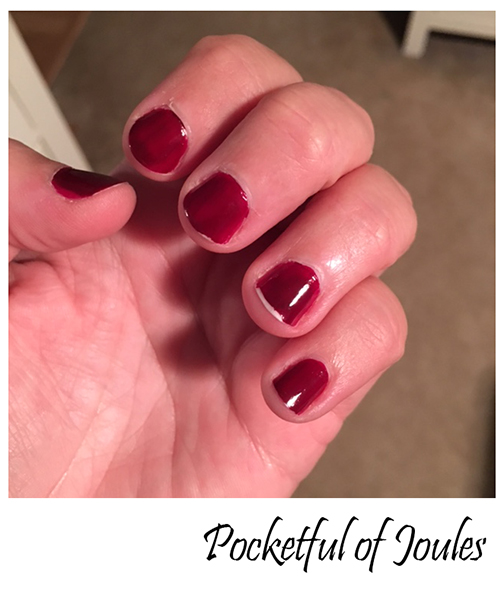 I Tried the New Essie Gel Polish and it Sucked - Pocketful of Joules
